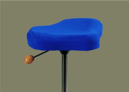 ergonomische stehhilfe mit ledersattelsitz. Black Bedroom Furniture Sets. Home Design Ideas